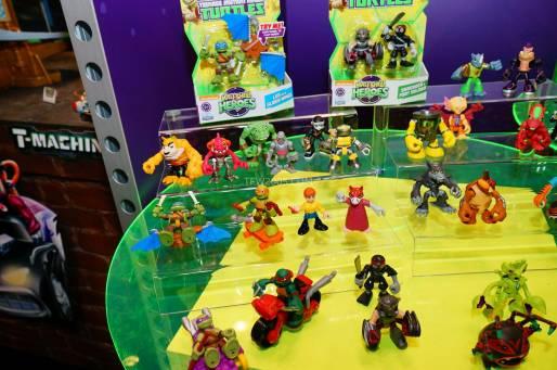 New York Toy Fair Half Shelf Heroes 1