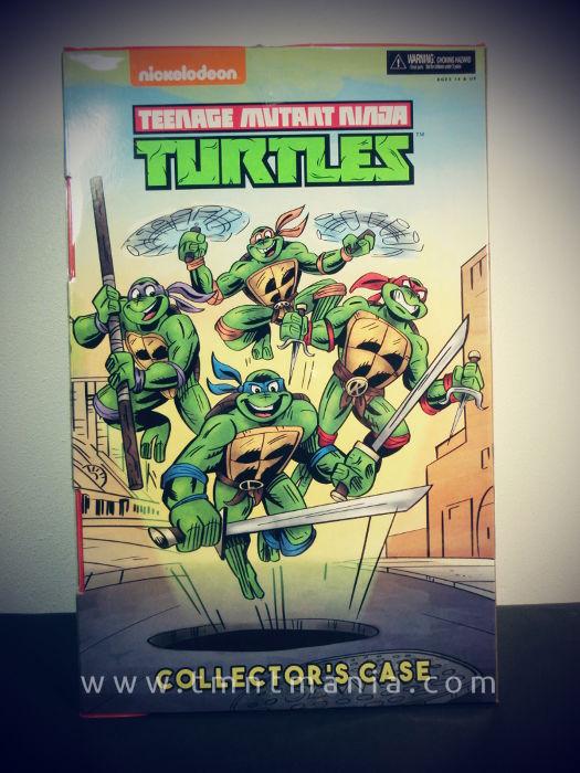 Caja para coleccionistas donde vienen las figuras deñ set SDCC17 de las Tortugas Ninja
