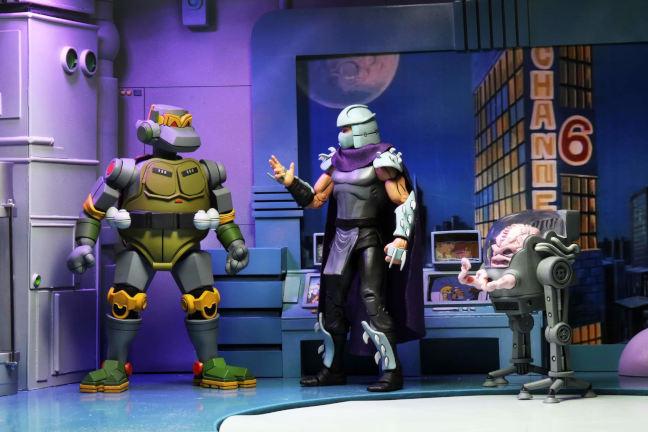 Figura de Metalhead de Neca, junto a Shredder y Krang