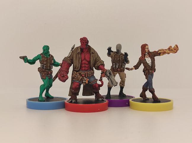 Imagen de las miniaturas de Hellboy The Board Game