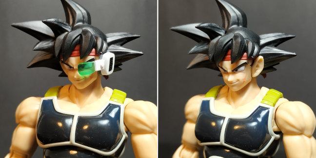 Imagen de la figura de Bardock  comparando la versión con scouter y sin él