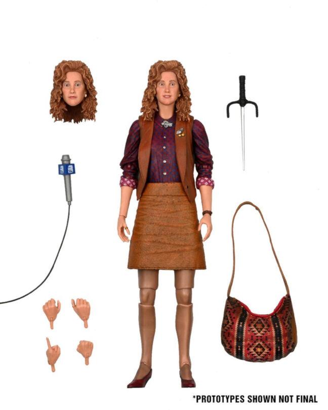 Imagen de la figura de April O'Neil de Neca con sus accesorios